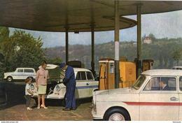 Trabant 600 Et 600 Kombi  -  1963  -  CPM - Voitures De Tourisme
