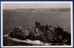 29 CLEDEN-CAP-SIZUN Pointe Du Raz De Sein, La Roche Longue Et La Pointe Du Van - Cléden-Cap-Sizun