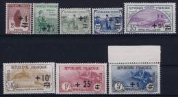 France : Yv  162 - 169 PostfrisMH/*ch/neuf Sans Charniere /MNH/**  164 = Plié + - France