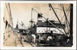 DESEMBARCADERO EN EL MALECON CIRCA 1930 INCONNU UNKOWN PLACE CPA PUERTO PORT DOCK - Comercio