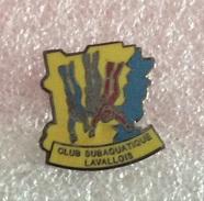 Pin's  Plongée. Divine . Dive . Club Subaquatique Laval - Tauchen