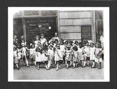 ENFANTS - THEATRICS C.1938 - 6½ X 4¾ Po - 16½ X 12 Cm - PHOTO JAMES VAN DER ZEE - Enfants