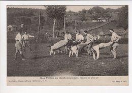 1 Cpa Carte Postale Ancienne - Nos Poilus Au Cantonnement Les Jeux En Plein Air - War 1914-18