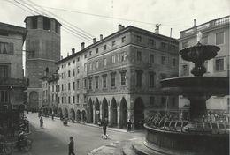 Udine  - Via Vittorio Veneto  Italy   # 06689 - Udine