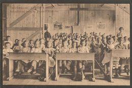 Vrouwenkamp Albert's Dorp.Schoollokaal Voor De Grootere Kinderen. Oorlog 1914-1918. Internering. Grande Guerre - Zeist
