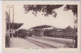 RIBERAC - La Gare Des Voyageurs - Train - Riberac