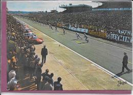 72.- LE MANS .- Circuit Des 24 Heures Du MANS .- Le Départ - Le Mans