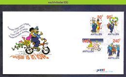 Ndv349fb E349 STRIPFIGUREN FIETS POSTBODE BRUILOFT MAILMEN MARRIAGE BICYCLE FAHRRAD NEDERLANDSE ANTILLEN 2003 FDC - Transportmiddelen
