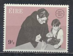 °°° IRLANDA EIRE - Y&T N°407 - 1979 MNH °°° - 1949-... Repubblica D'Irlanda