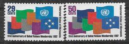 1992 MICRONESIE 202-03 ** Admission à L'O.N.U, Drapeaux - Micronésie