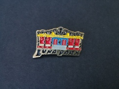 Pin Luna Park - P511 - Pin's