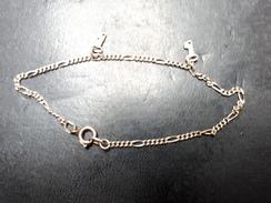 CHAÎNETTE EN ARGENT MASSIF POINÇON (925) - Necklaces/Chains