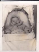 MIMI PHOTO---BEBE Dans Son Landeau---voir  Scan - Photographs