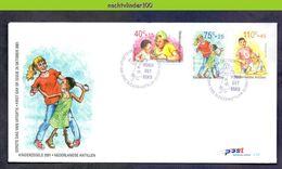 Ndv331fb E331 KINDERZEGELS HANDICAPPED WHEELCHAIR STAMPS FOR THE CHILDREN JUGENDWOHLFAHRT NEDERLANDSE ANTILLEN 2001 FDC - Kindertijd & Jeugd
