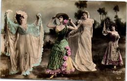 Femmes - Danse ( Photographe Reutlinger) - Danse