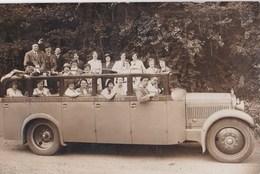 Carte Photo  D'un Autocar D'excursion  Région De Lourdes (65) - Automobile