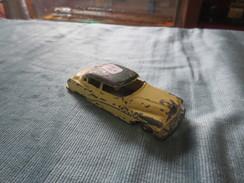 Dinky  Toys  Buick Roadmaster - Toy Memorabilia