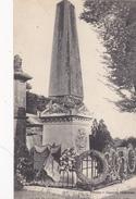 28. CHATEAUDUN. CPA. MONUMENT AUX MORTS ÉLEVÉ AUX COMBATTANTS DE 1870. ANNÉE 1918 - War Memorials