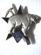 INSIGNE BCA / BCP CHASSEURS ALPINS 27° BCA LA CA (NUMEROTE) ETAT EXCELLENT - Army