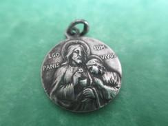 Petite Médaille Religieuse/ Christ Donnant La Communion/Ego Sum Panis Vivus /Début   XXéme         CAN397 - Religion & Esotericism