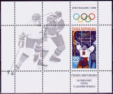 MiNr.176 (Block 8) TSCHECHISCHE REP. IGewinn Der Goldmedaille Im Eishockey Bei Den ... MNH / ** / POSTFRISCH - Neufs