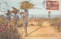 CONGO FRANCAIS - Ethnic H / Femmes Sango Allant Au Marché à Mobaye - French Congo - Other