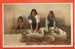EAO-34  Pueblo Of Laguna. Indians. Grinding Corn. Used To Switerland - Etats-Unis