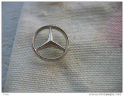 Pin´s Embleme MERCEDES (diametre 16mm) - Mercedes