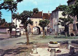 [70] Haute Saône > Pesmes Place Des Minimes - Pesmes