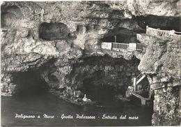 Z3123 Polignano A Mare (Bari) - Grotta Palazzese - Entrata Dal Mare / Viaggiata 1964 - Altre Città