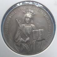 Médaille. Ste Catherine Patronne Des Etudes. Institut Normal Fondé Par Mademoiselle Desir. 1909. - Professionali / Di Società