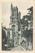 Mantes-sur-Seine - La Rue De L'Eglise - Mantes La Jolie
