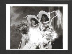 PHOTOGRAPHIE - BRIDESMAIDS IN HARLEM C. 1930 - 6½ X 4¾ Po - 16½ X 12 Cm - PHOTO JAMES VAN DER ZEE - Photographie