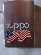 Zippo Avec Drapeau US - Zippo Authentique Fabrication USA - Bradford PA USAD X - Zippo