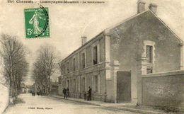 CPA - CHAMPAGNE-MOUTON (16) - Aspect Du Quartier De La Gendarmerie En 1915 - Autres Communes