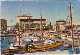 Var : SAINT  TROPEZ :  Vue  Du  Port  Et  Le   Papagayo  1969 - Saint-Tropez