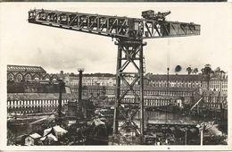 Brest -(Finistère) La Grande Grue Et Le Port De Guerre - Brest