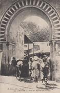 Maroc - Tanger - Lot De 2 CPA  - Architecture - Portes - Porte Du Marché Aux Grains + Porte Grand Socco  Voir 2 SCANS - Maroc
