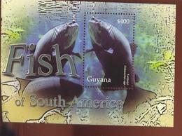 GUYANA   3889 MINT NEVER HINGED SOUVENIR SHEET OF FISH-MARINE LIFE  #   428-2  ( - Fische
