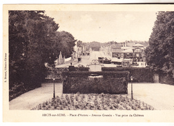 10 Arcis Sur Aube - Place D'armes- Avenue Grassin,Vue Prise Du Château.animation, édit L Drouot. Tb état Non Circulée. - Arcis Sur Aube