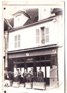 10 Nogent Sur Seine- Carte Photo, CaféBlanchot, 5 Rue Des Ponts. Bon  état.non Circulée. - Nogent-sur-Seine