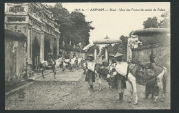 Annam - Hué -   Une Des Portes De Sortie Du Palais    - Odh33 - Vietnam