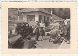 Passage En Douane - Oldtimers - Moto - à Situer - Photo Originale Format 7 X 10.5 Cm - Lieux