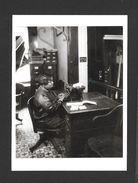 MÉTIERS - THE SECRETARY 1929 - 6½ X 4¾ Po - 16½ X 12 Cm - PHOTO JAMES VAN DER ZEE - Métiers