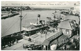 14 : TROUVILLE - L AREINE DES PLAGES - L'ARRIVE DU BATEAU DE HAVRE (LL) - Trouville