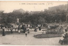 ----- 29 ---- BREST  La Place Du Château Le Jet D'eau   TTB Neuve - Brest