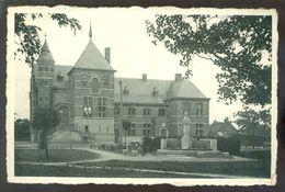 Oud - Turnhout   :   Gemeentehuis En Monument - Oud-Turnhout