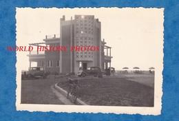 Photo Ancienne - BOURGES ( Cher ) - L' Aérogare - 1935 - Automobile à Identifier - Citroen ? - Automobiles