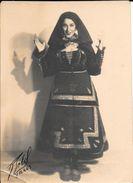 YOUNG HUNGARIAN GIRL  ETUDE R. SOBOL PARIS CIRCA 1920 EX ARCHIVO REVISTA CARAS Y CARETAS BUENOS AIRES L'ARGENTINE - Luoghi