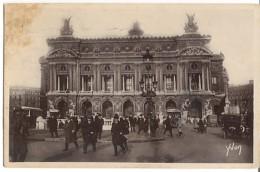 CPA - PARIS - PLACE DE L'OPERA - Edition Yvon / N°8 - Places, Squares